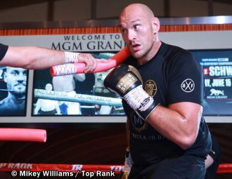 Media Workout: Tyson Fury Brings Heavyweight Show to Sin City