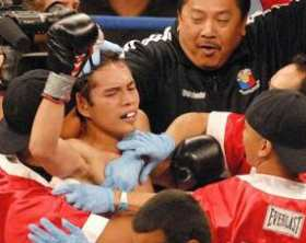 nonito.donaire.victorious.against.darchinyan.280w.jpg