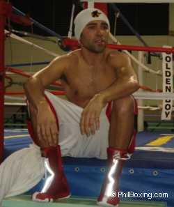 De la Hoya in Puerto Rico training camp.