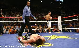 Manny Pacquiao Knocked Out Ricky Hatton!